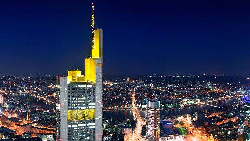 City break Frankfurt  Revelion 5*  2017  bilet de avion si hotel inclus
