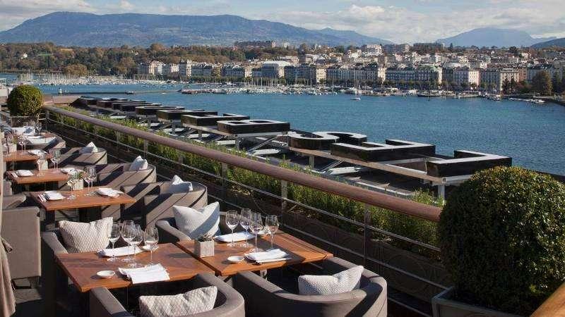City break Geneva august week-end Sf. Maria bilet de avion si hotel inclus
