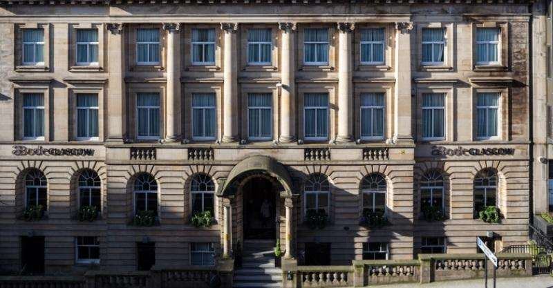 City break Glasgow august week-end Sf. Maria bilet de avion si hotel inclus