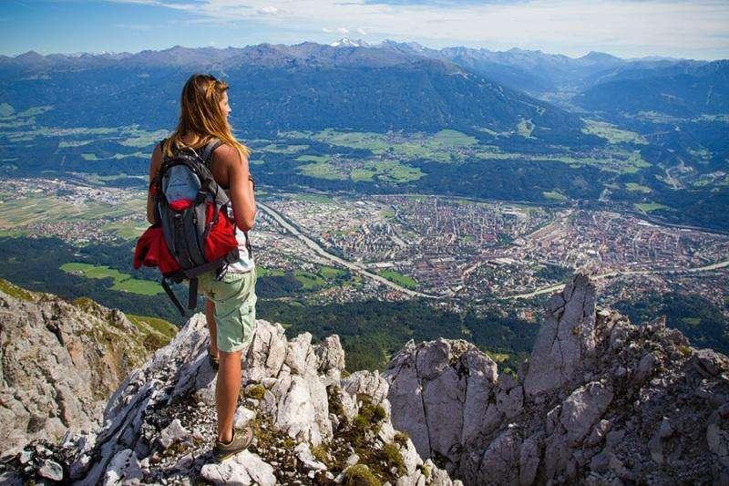 City break Innsbruck weekend liber Rusalii bilet de avion si hotel inclus