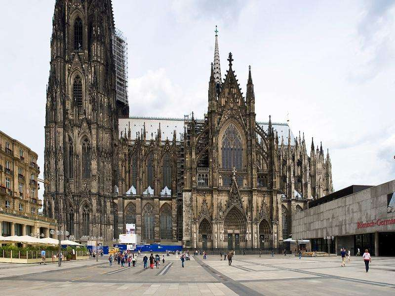 City break Koln august bilet de avion si hotel inclus