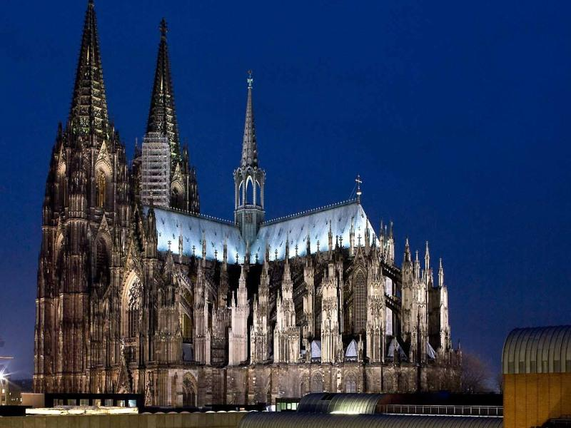 City break Koln Revelion 4* 2018 bilet de avion si hotel inclus