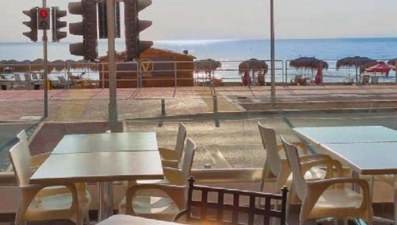 City break Larnaca 1 martie 2018 bilet de avion si hotel inclus