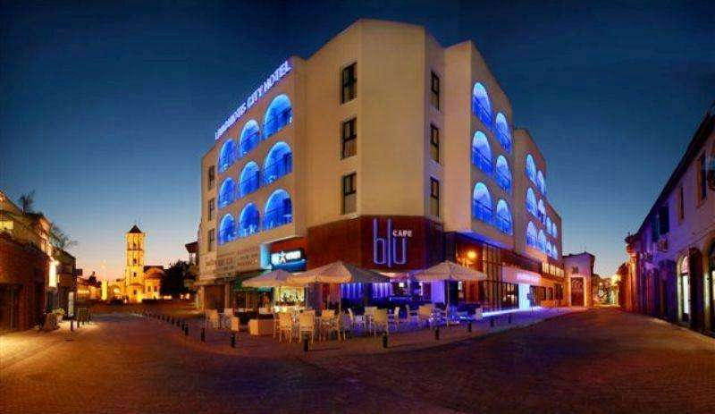 City break Larnaca mai bilet de avion si hotel inclus