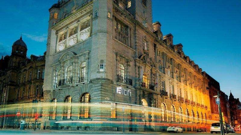 City break Liverpool weekend liber Rusalii bilet de avion si hotel inclus