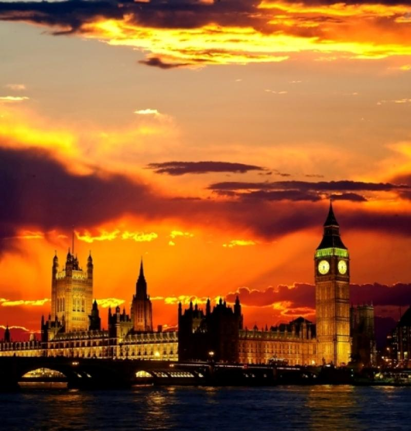 City break Londra august bilet de avion si hotel inclus
