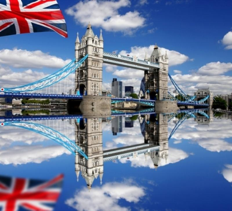 City break Londra august week-end Sf. Maria bilet de avion si hotel inclus