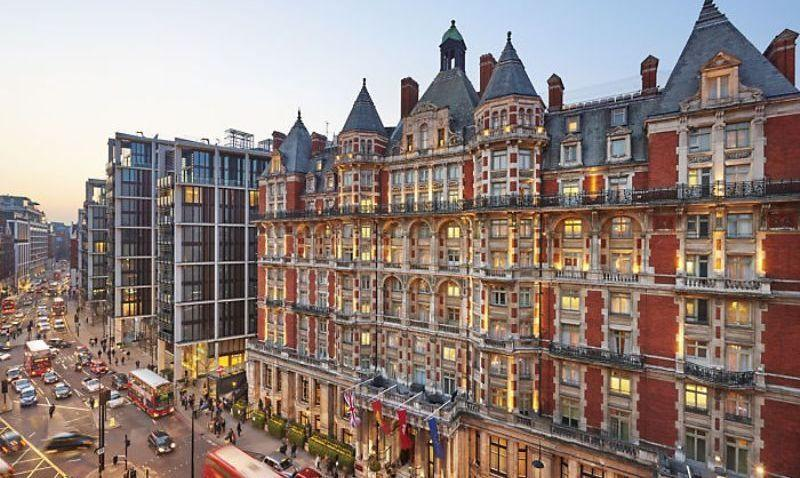 City break Londra Valentine's Day bilet de avion si hotel inclus