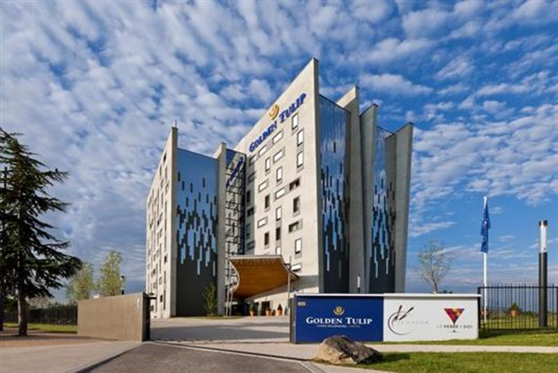 City break Lyon noiembrie  bilet de avion si hotel inclus