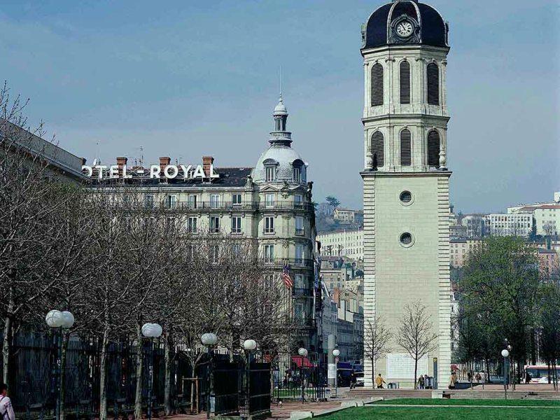 City break Lyon Revelion 4* 2018  bilet de avion si hotel inclus