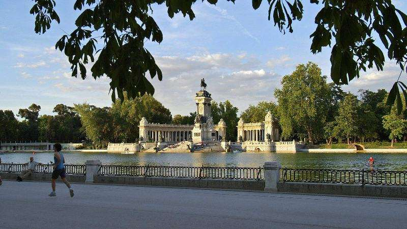City break Madrid 8 martie 2018, bilet de avion si hotel inclus