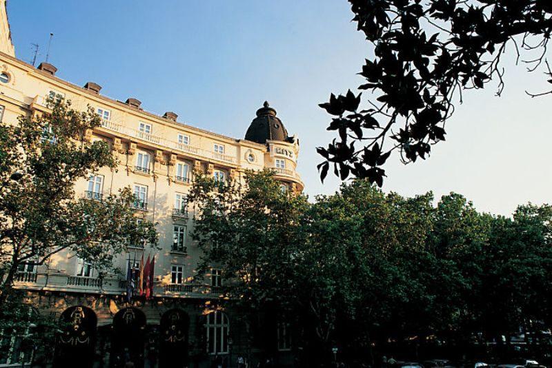 City break Madrid noiembrie bilet de avion si hotel inclus