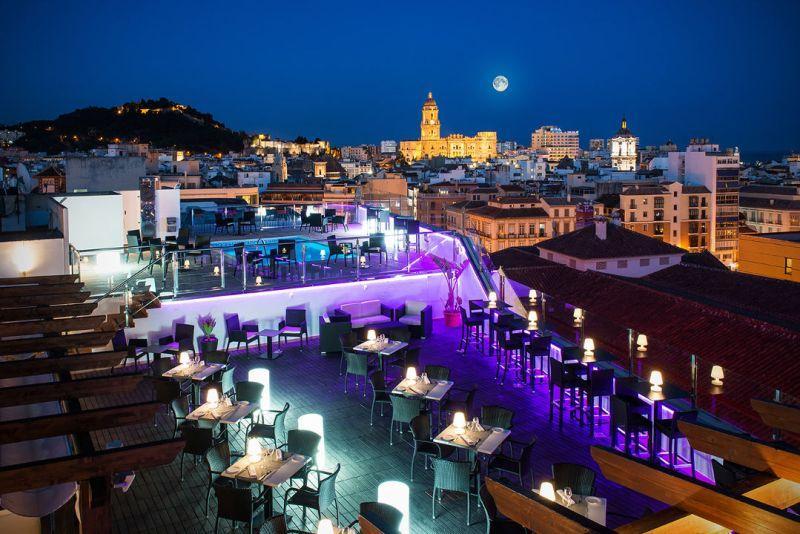 City break  Malaga Craciun 2017  bilet de avion si hotel inclus