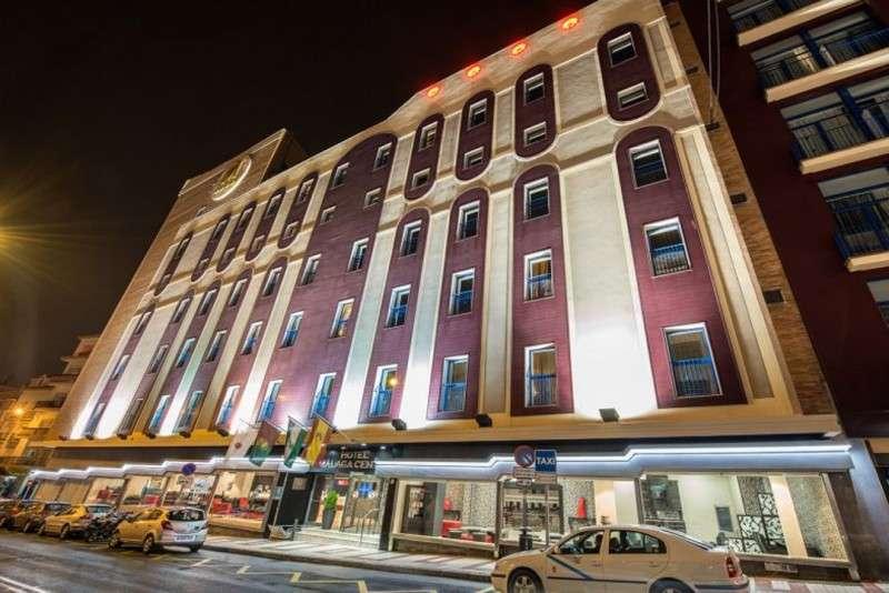 City break Malaga iulie bilet de avion si hotel inclus