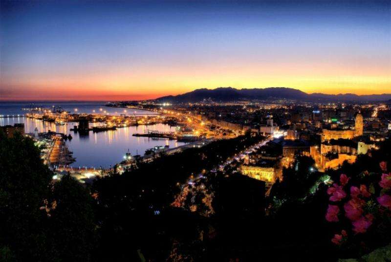 City break Malaga octombrie 2018 bilet de avion si hotel inclus