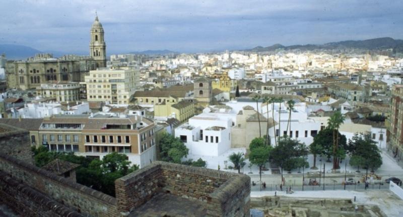 City break Malaga octombrie bilet de avion si hotel inclus