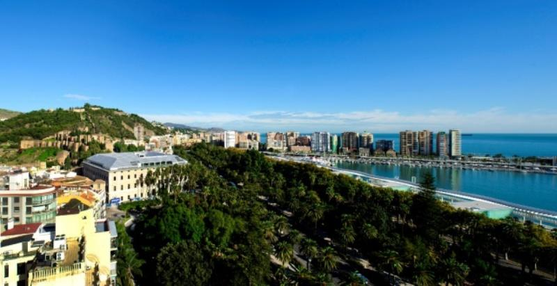 City break Malaga vacanta 1 mai 2018, bilet de avion si hotel inclus