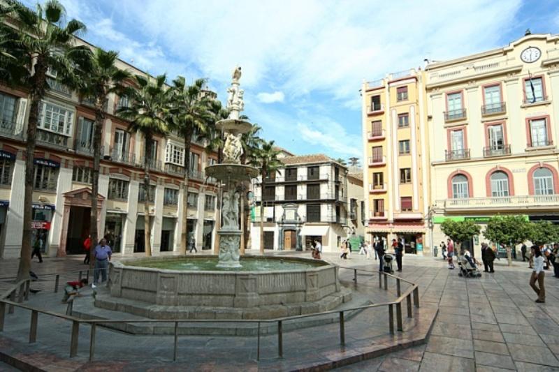 City break Malaga Valentine's Day  bilet de avion si hotel inclus