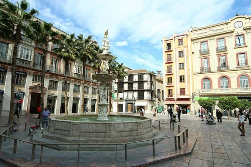 City break Malaga vara 2018 bilet de avion si hotel inclus