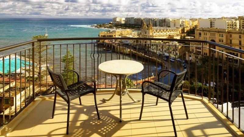 City break Malta Mos Nicolae  bilet de avion si hotel inclus