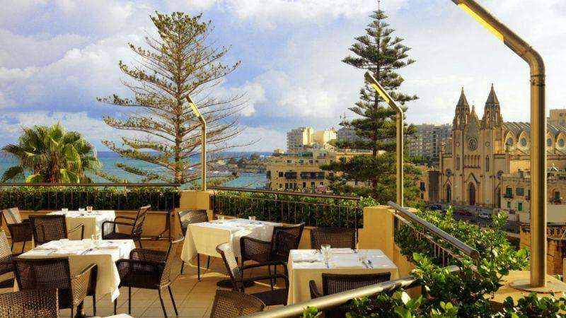 City break Malta septembrie bilet de avion si hotel inclus