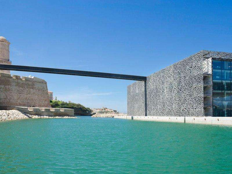 City break Marsilia iulie bilet de avion si hotel inclus