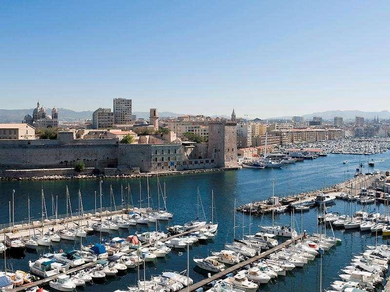 City break Marsilia Revelion 4* 2018 bilet de avion si hotel inclus