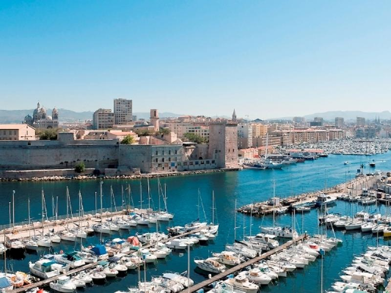 City break Marsilia weekend liber Rusalii bilet de avion si hotel inclus