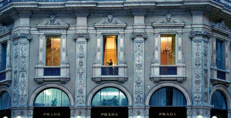 City break Milano august bilet de avion si hotel inclus