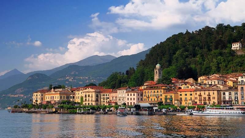 City break Milano Mos Nicolae bilet de avion si hotel inclus