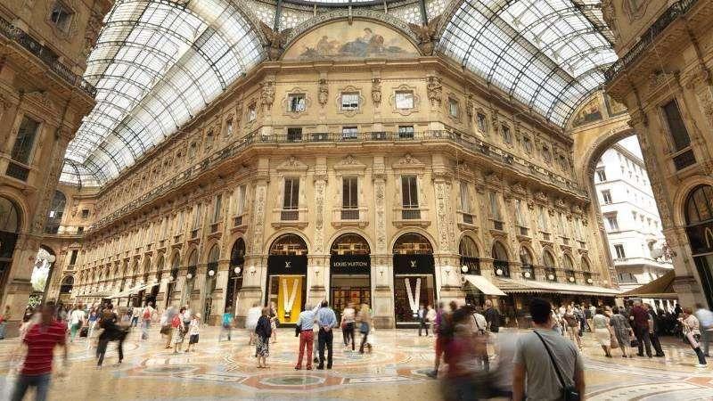 City break Milano vara 2018 bilet de avion si hotel inclus