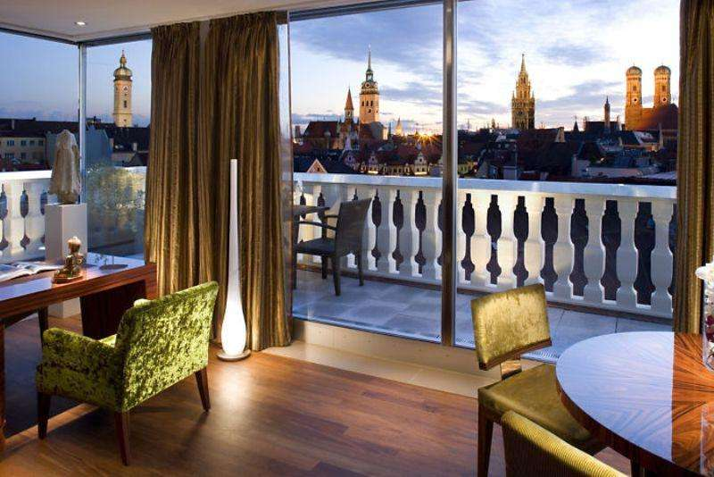 City break Munchen ianuarie bilet de avion si hotel inclus