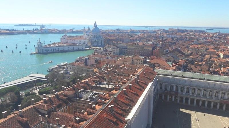 City break Venetia decembrie plecare din Craiova oferta speciala
