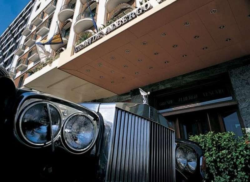 City break Napoli primavara 2018, bilet de avion si hotel inclus