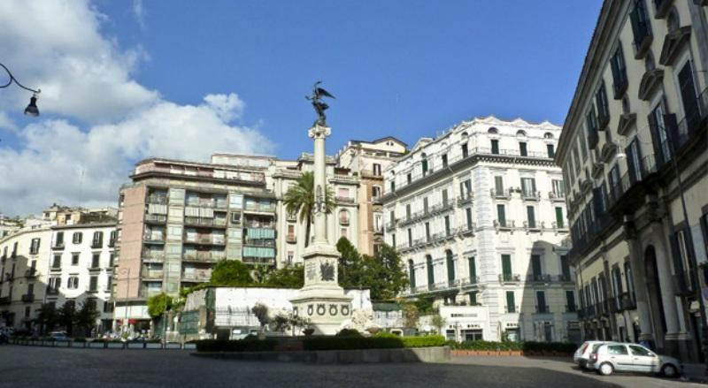 City break Napoli Revelion 2018  bilet de avion si hotel inclus