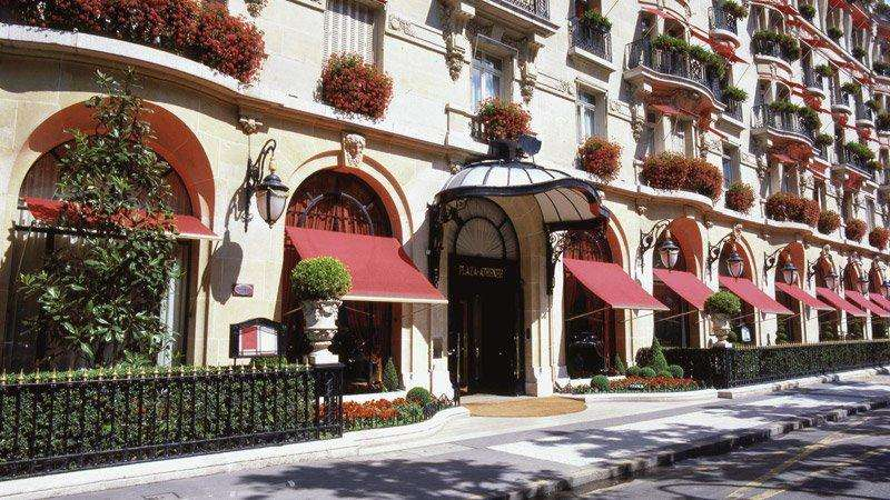 City break Paris septembrie  bilet de avion si hotel inclus