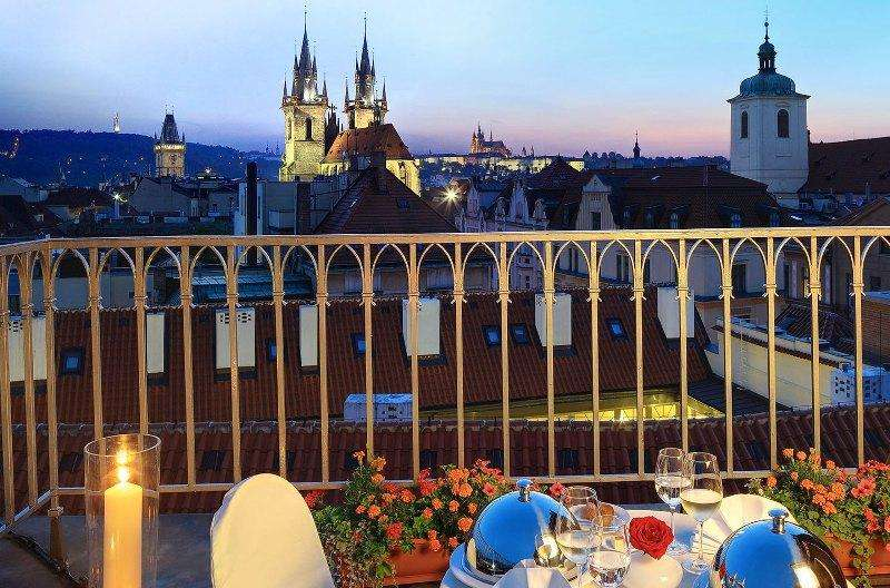 City break  Praga Craciun 2017  bilet de avion si hotel inclus
