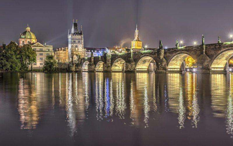 City break Praga ianuarie, bilet de avion si hotel inclus