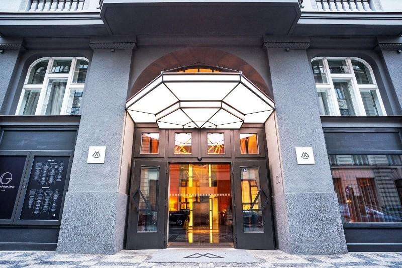 City break Praga noiembrie 2018 bilet de avion si hotel inclus