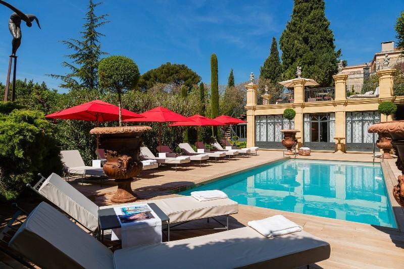 City break Provence mai bilet de avion si hotel inclus