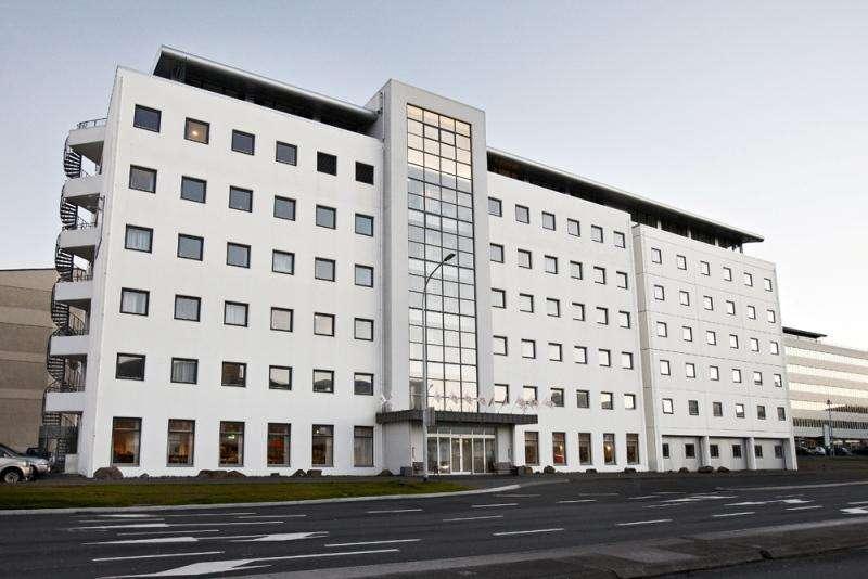 City break Reykjavik august week-end Sf. Maria bilet de avion si hotel inclus