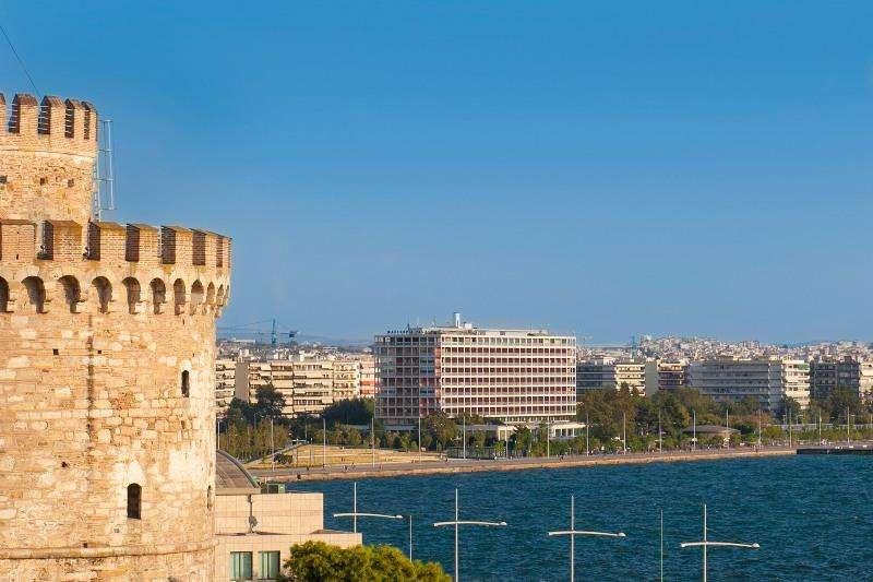 City break Salonic august week-end Sf. Maria bilet de avion si hotel inclus