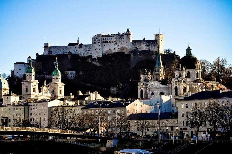 City break Salzburg iulie bilet de avion si hotel inclus