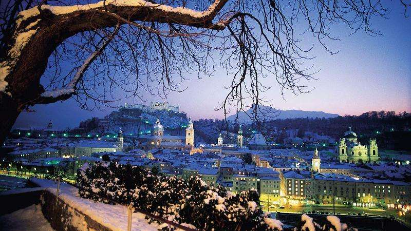 City break Salzburg noiembrie 2017  bilet de avion si hotel inclus