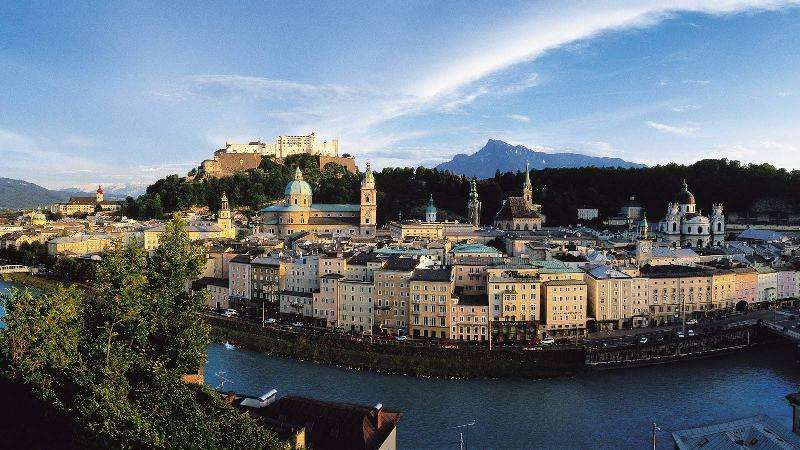 City break Salzburg noiembrie bilet de avion si hotel inclus