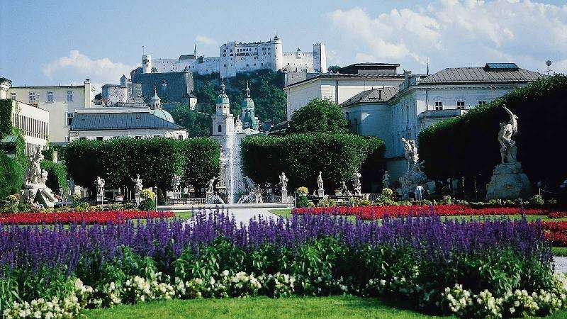 City break Salzburg octombrie 2017  bilet de avion si hotel inclus