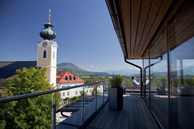 City break Salzburg Valentine's Day bilet de avion si hotel inclus