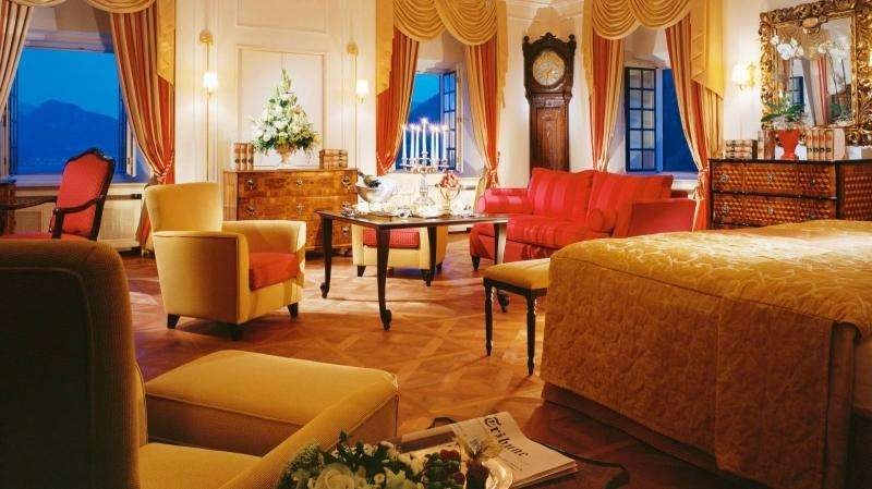 City break Salzburg weekend liber Rusalii bilet de avion si hotel inclus