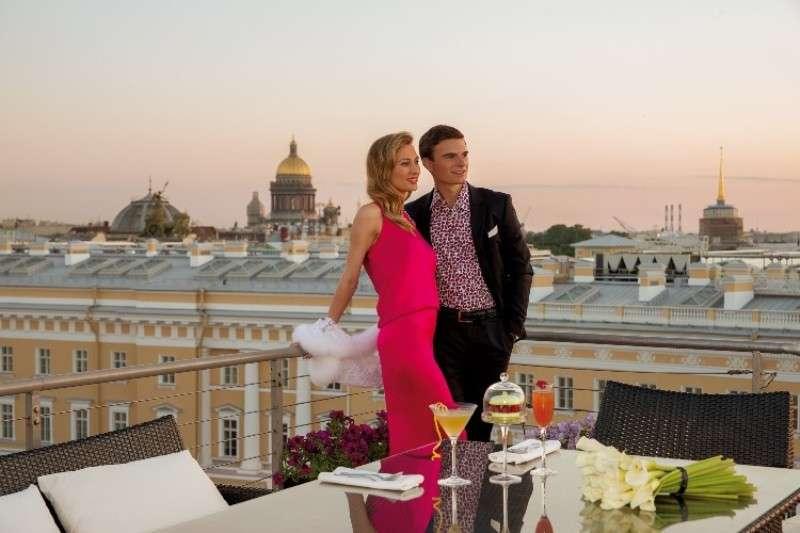 City break Sankt Petersburg aprilie bilet de avion si hotel inclus