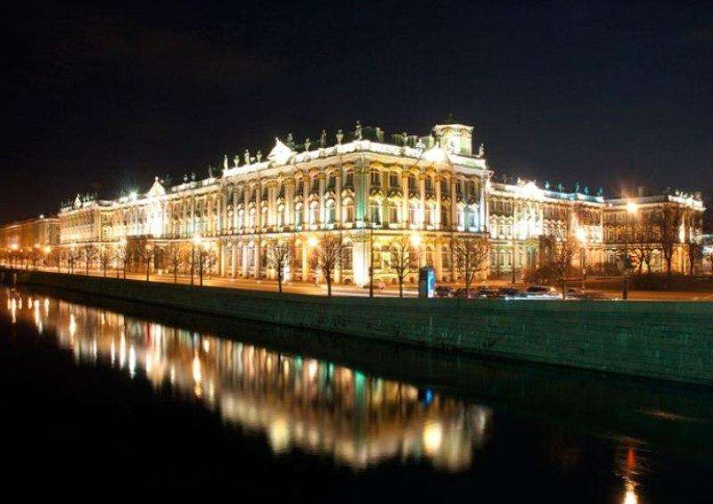 City break Sankt Petersburg octombrie bilet de avion si hotel inclus